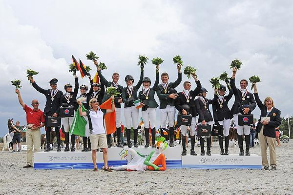 Young guns take eventing gold