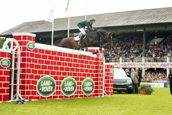Hutchinson and Twomey share Puissance spoils