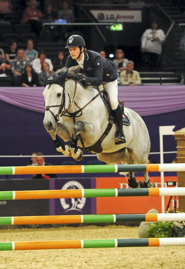 Billy Twomey shines with two HOYS wins