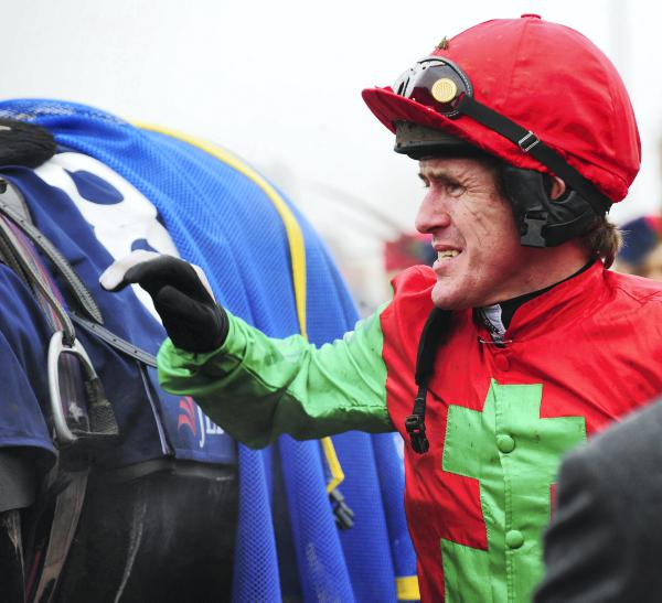 News in brief: A.P. McCoy misses another weekend