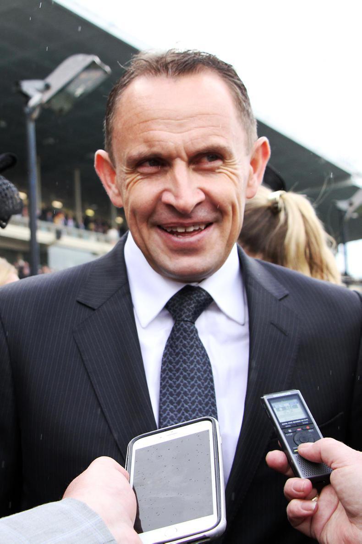 AUSTRALIA: Patrick Erin weaves way to front