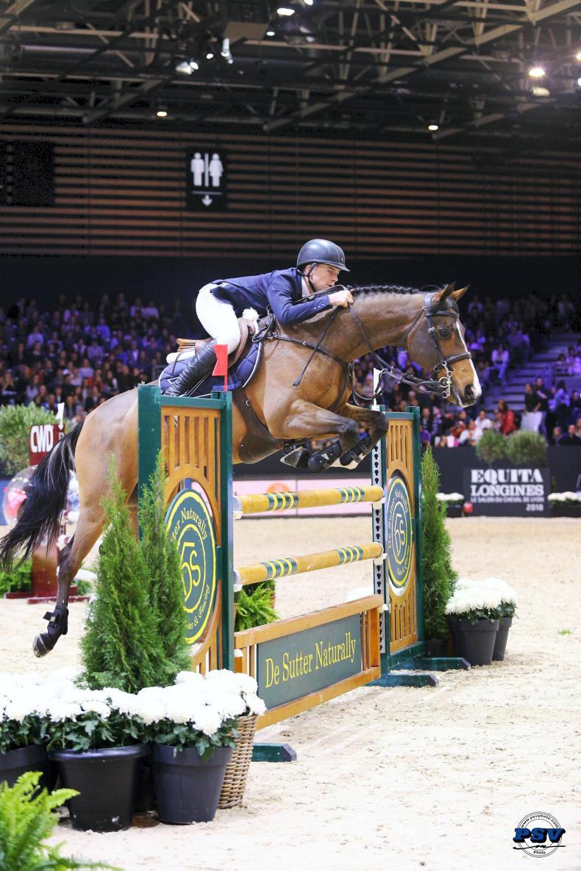 INTERNATIONAL: Hughes Bravo jumps to Lyon victory