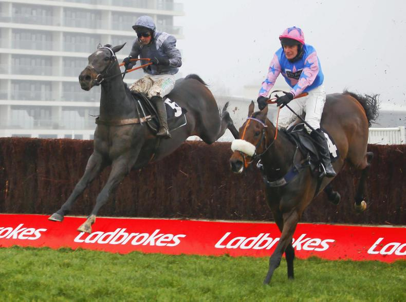 BRITAIN: Santini super on chasing bow