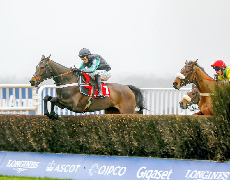 BRITAIN: No concerns for Henderson as Altior powers on