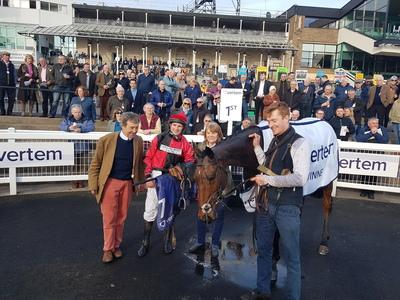 Crosspark provides Eider glory for Caroline Bailey