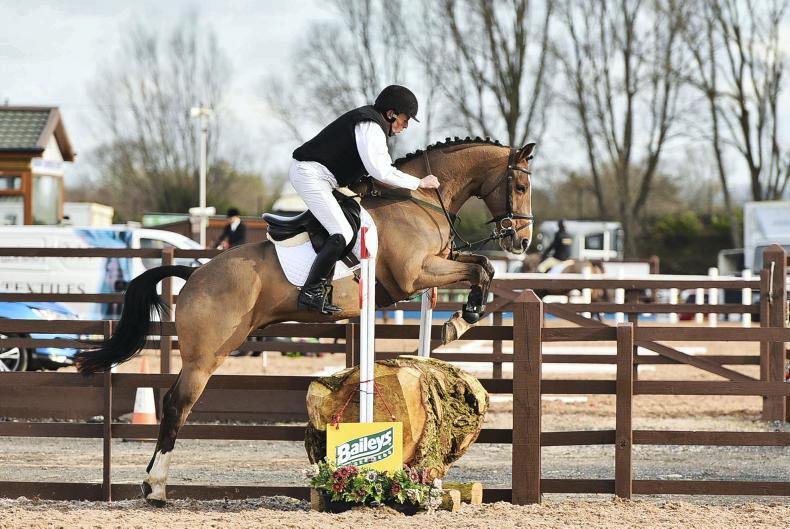FLEXI EVENTING: Currie unbeatable in dressage