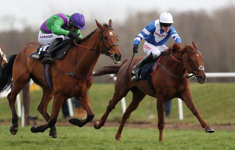 San Benedeto strikes Greatwood Gold for Paul Nicholls