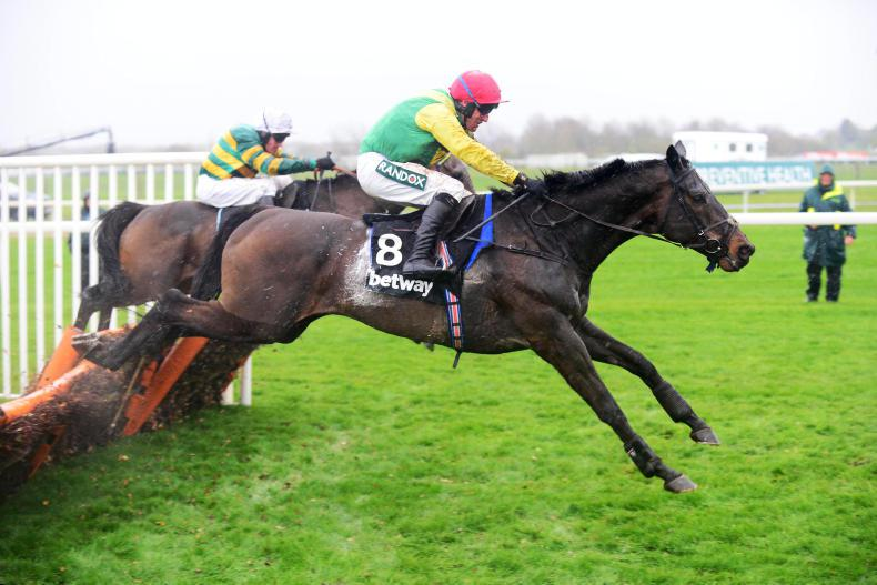 AINTREE THURSDAY: Supasundae gets full credit