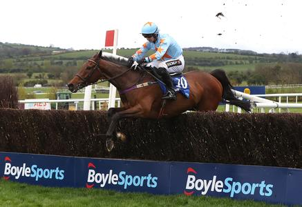 Un De Sceaux defends Champion Chase crown with sparkling Punchestown performance