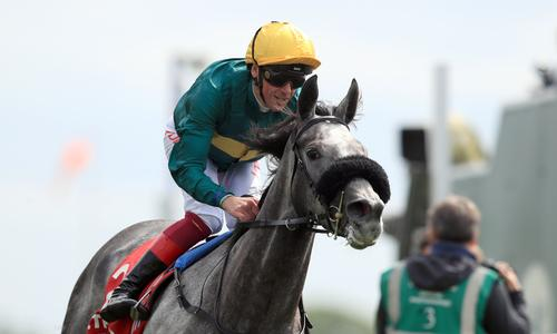 Coronet claims Saint-Cloud crown for Gosden and Dettori