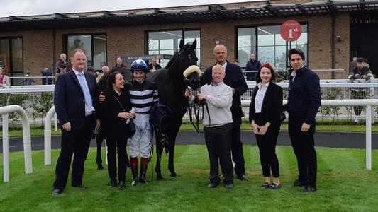 Soffia routs raiding party in Sapphire Stakes