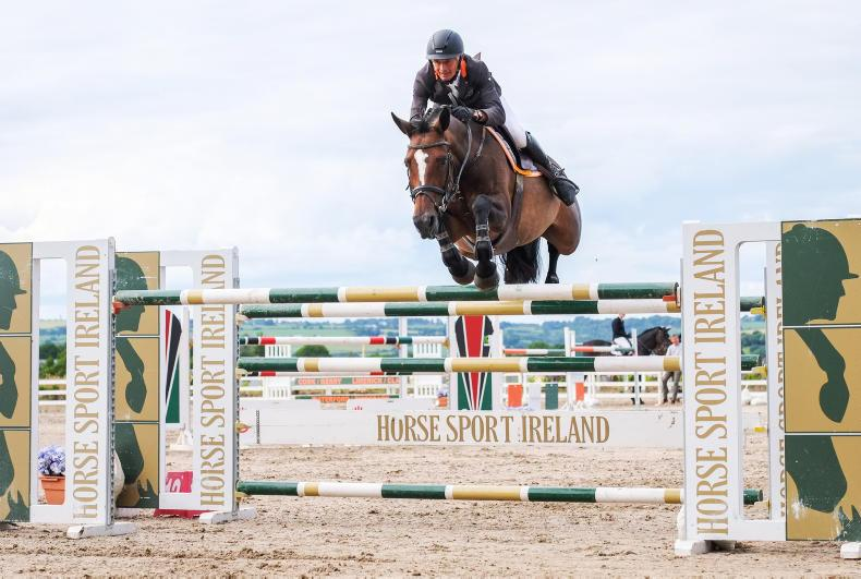AROUND THE COUNTRY:  Lates du Carel delivers for Connors