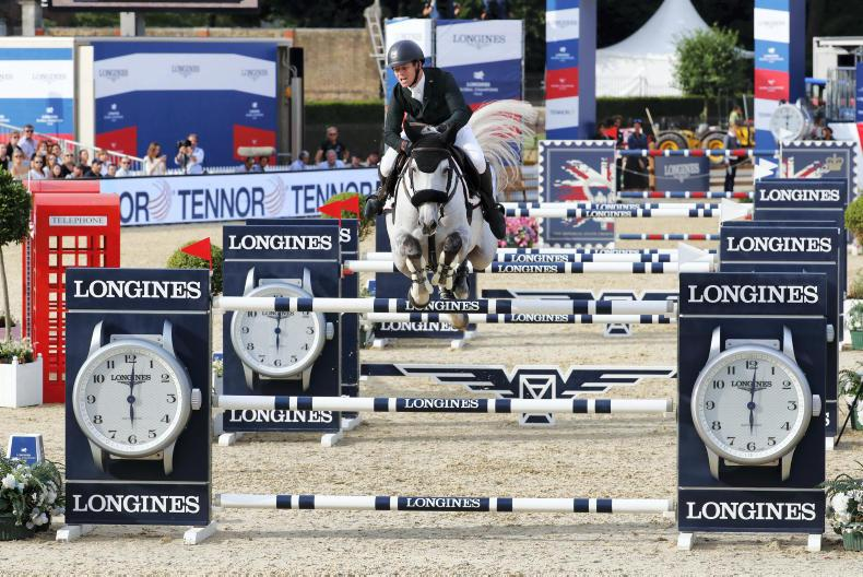INTERNATIONAL: Sweetnam and Kenny on London podium