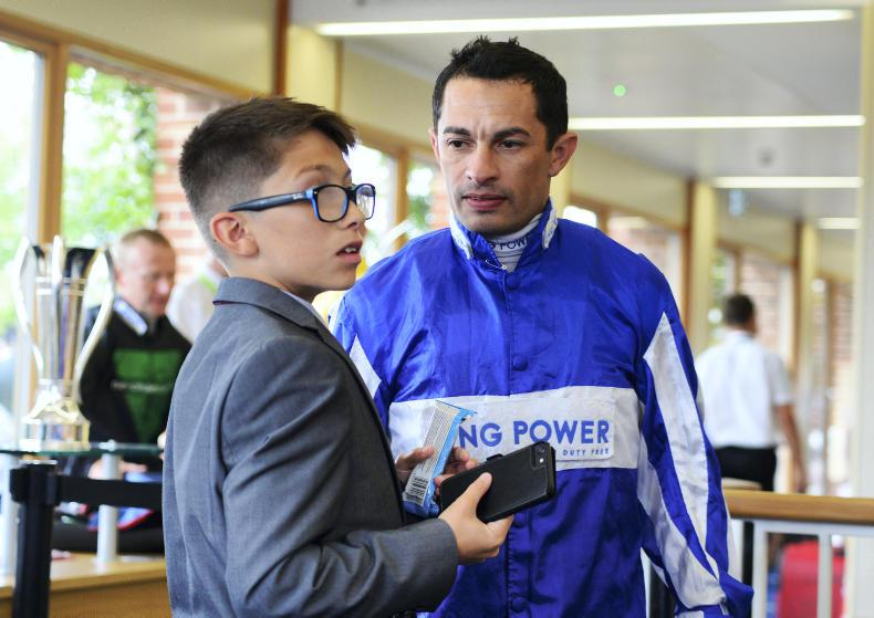 De Sousa hurt in fall at Chelmsford