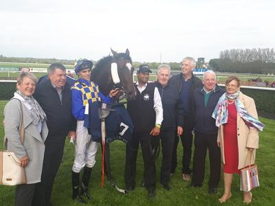 Waitingfortheday overcomes Skitter Scatter at Tipperary