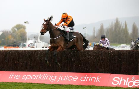 Kettle steams to victory in Arkle Trial