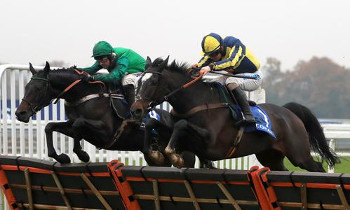 Cap retains Coral Hurdle crown in flying finish