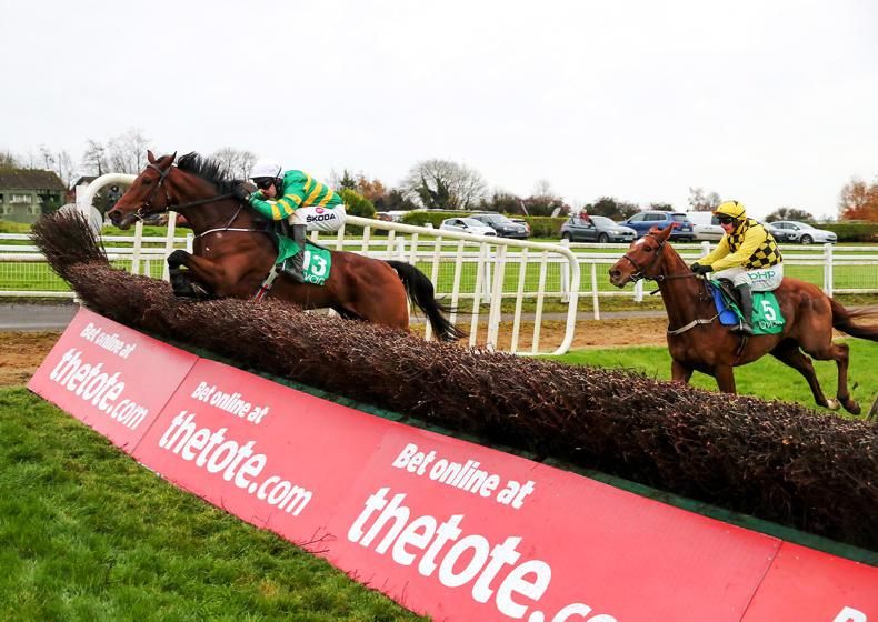 DRINMORE NOVICE CHASE: Samcro could find Fakir too hot in Drinmore