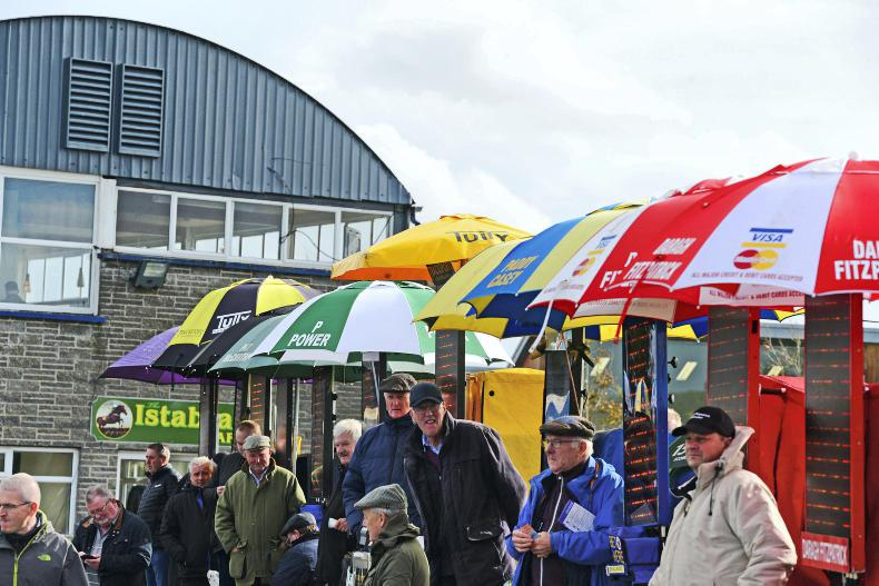 Betting ring 'strike' averted as talks begin