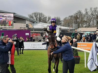 Exhibition puts on winning show at Leopardstown