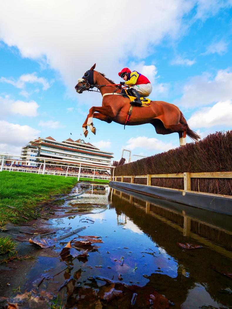 BRITAIN: Native River in full flow for O'Neill