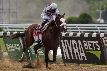 Tiz The Law in cruise control in Belmont