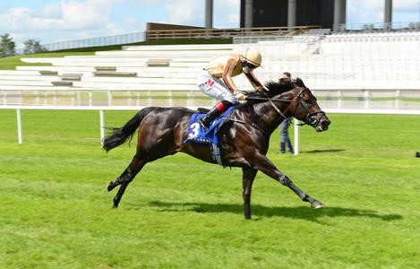 A'Ali powers to Sapphire Stakes success