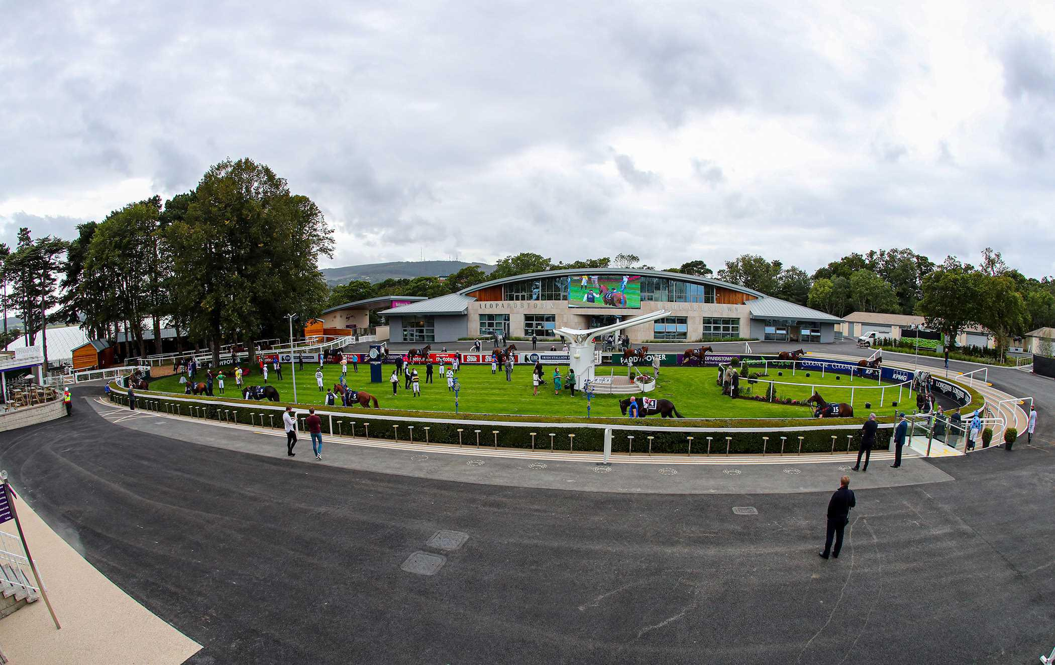 LEOPARDSTOWN COLOUR: Thrilling finishes but we dance alone