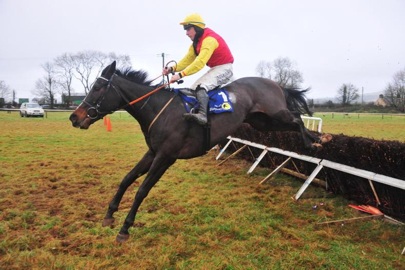 DROMAHANE SUNDAY: Aloneamongmillions lives up to his name
