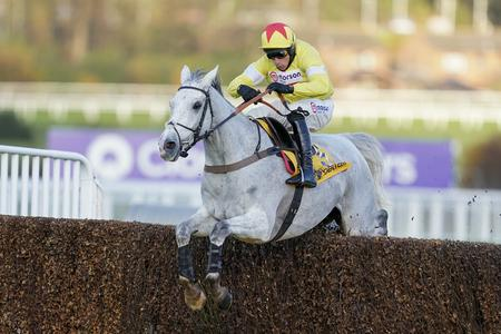Harry Cobden takes over on Politologue at Ascot