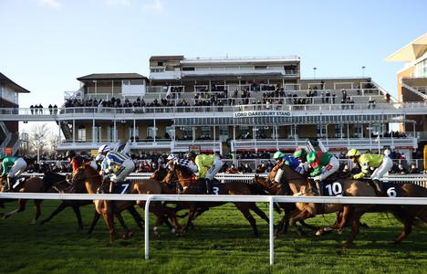 No change to Grand National date as Aintree rules out delay