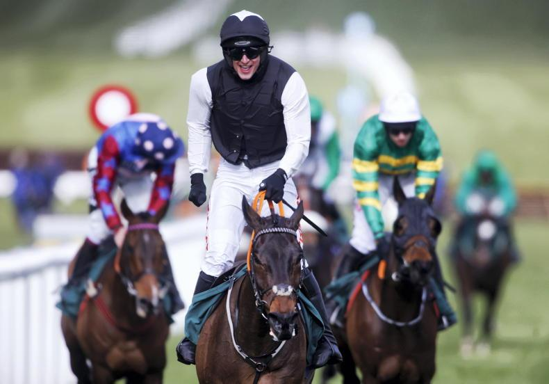 Flooring Porter powers to all-the-way Stayers' Hurdle success