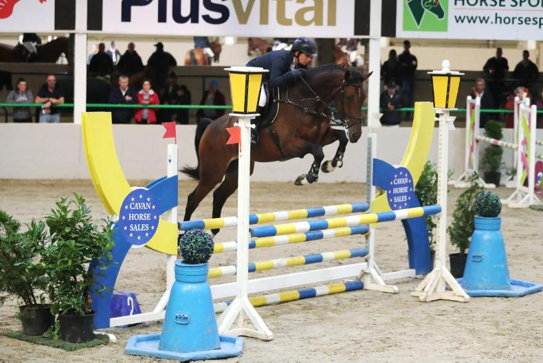 SHOW JUMPING: Mell Gibson stars for Waras