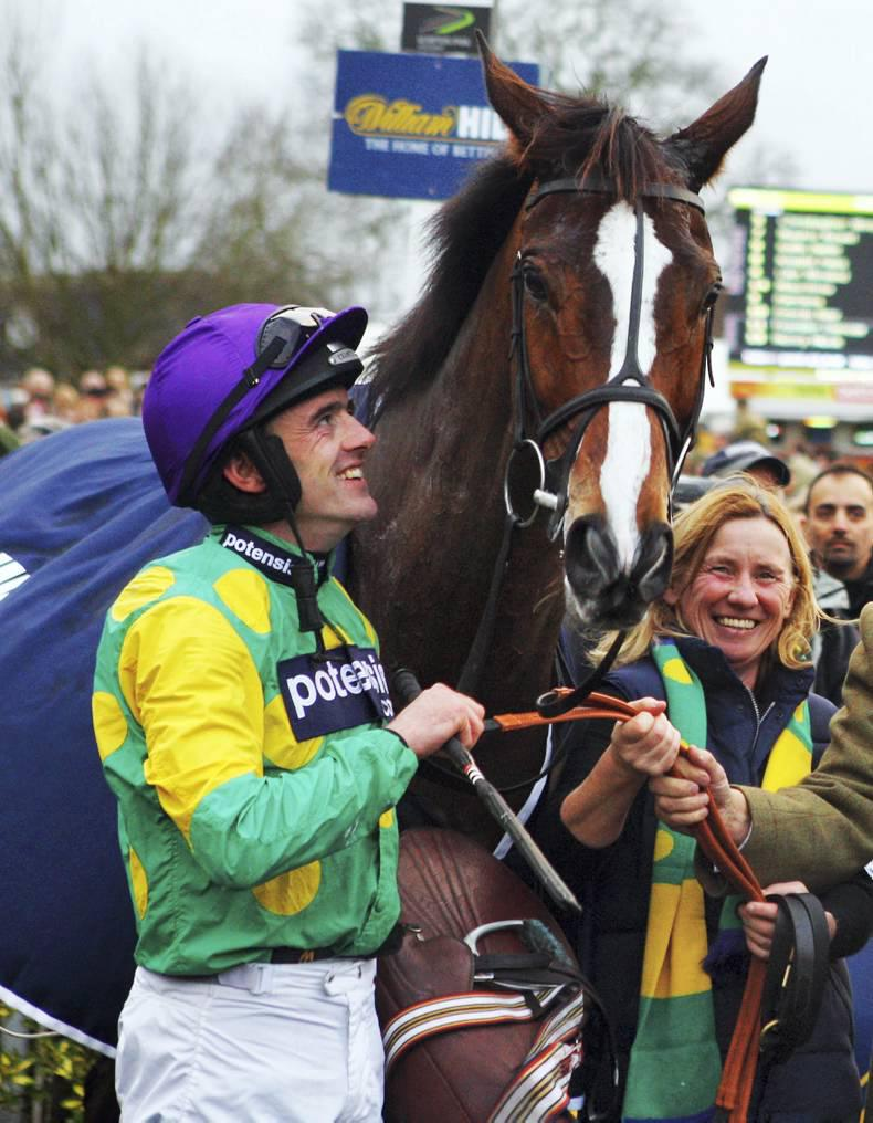 Kauto Star dies tragically in paddock accident