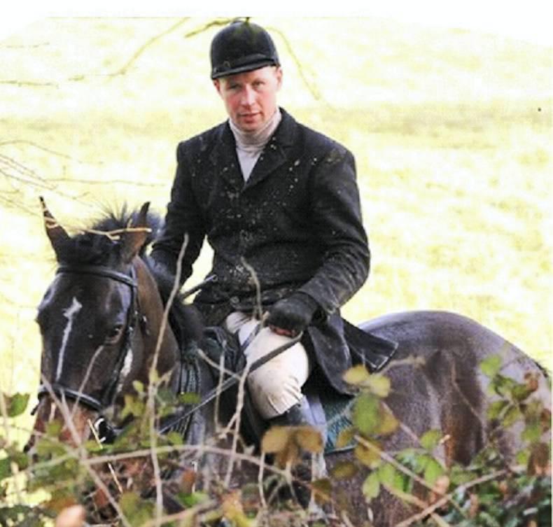 Showjumping Ireland generous donation to the Alex Ott Fund