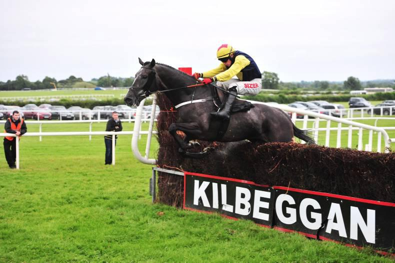 KILBEGGAN SATURDAY: Guitar Pete tuning up over fences