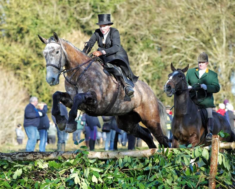 Three Irish riders to take part in UK's first side-saddle race