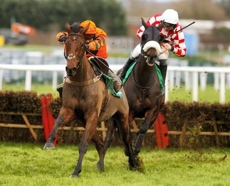 BRITAIN: Thistlecrack stays tough for Tizzard