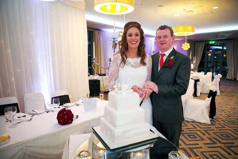 PICTURE DESK:  Wedding bells