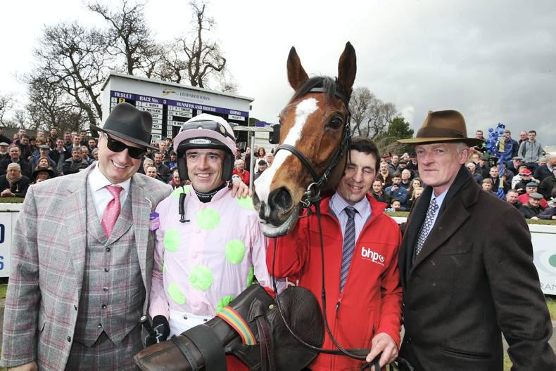 Faultless Faugheen motors to Irish Champion Hurdle glory