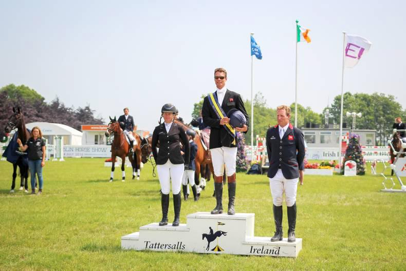 Joy as Fox-Pitt returns to winning form