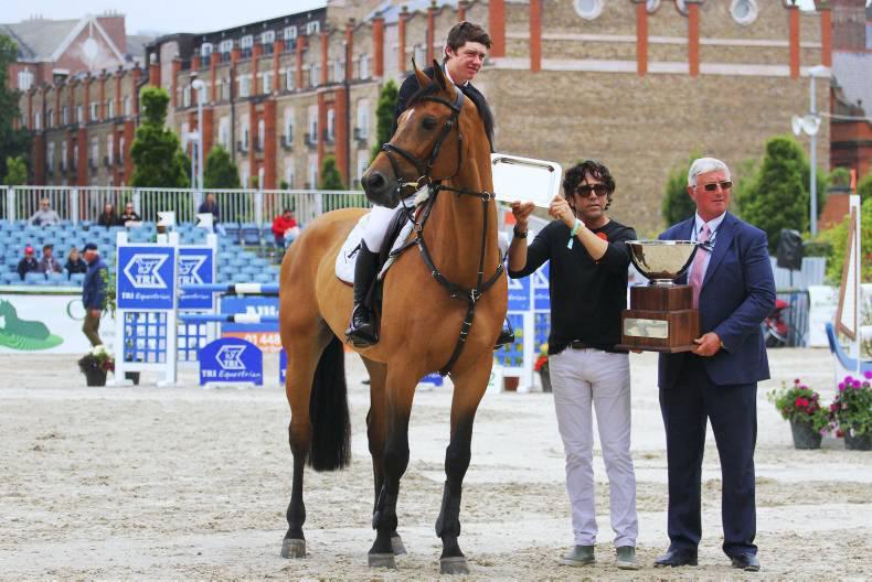 Stylish Pender picks up two awards