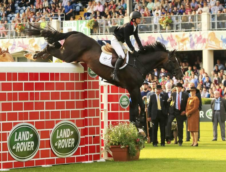DUBLIN HORSE SHOW 2016: Irish riders share Puissance win