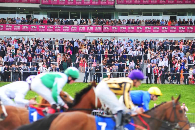 Curragh season shortens for 2017