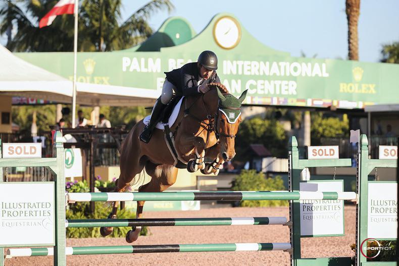 INTERNATIONAL: Super Babington fifth as Minikus lands win