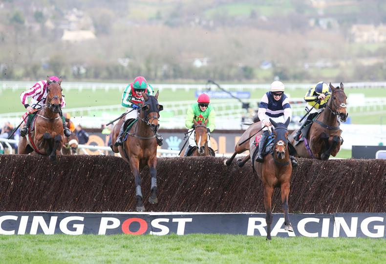 CHELTENHAM TUESDAY:  Un Temps Pour Tout  defies weight burden