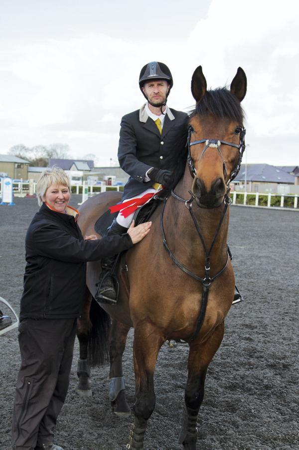 Arderin's Harkin takes intermediate victory