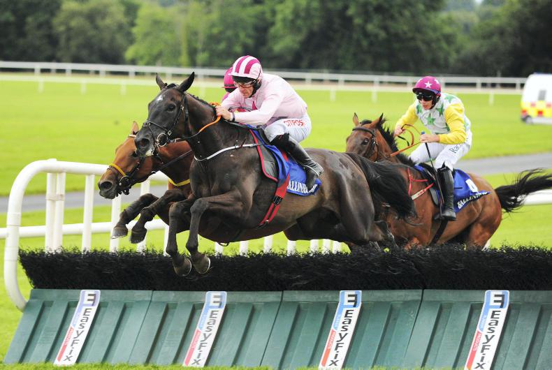 BALLINROBE TUESDAY: Elliott looks West once more