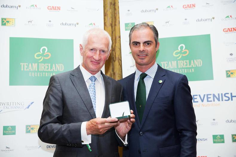 DUBLIN HORSE SHOW 2017:  HSI honour team horse owners