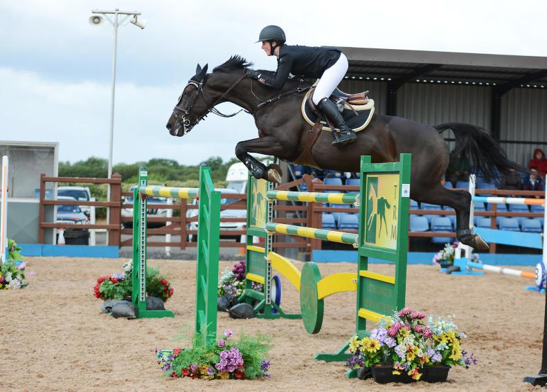 AROUND THE COUNTRY: Patterson on form at the Meadows